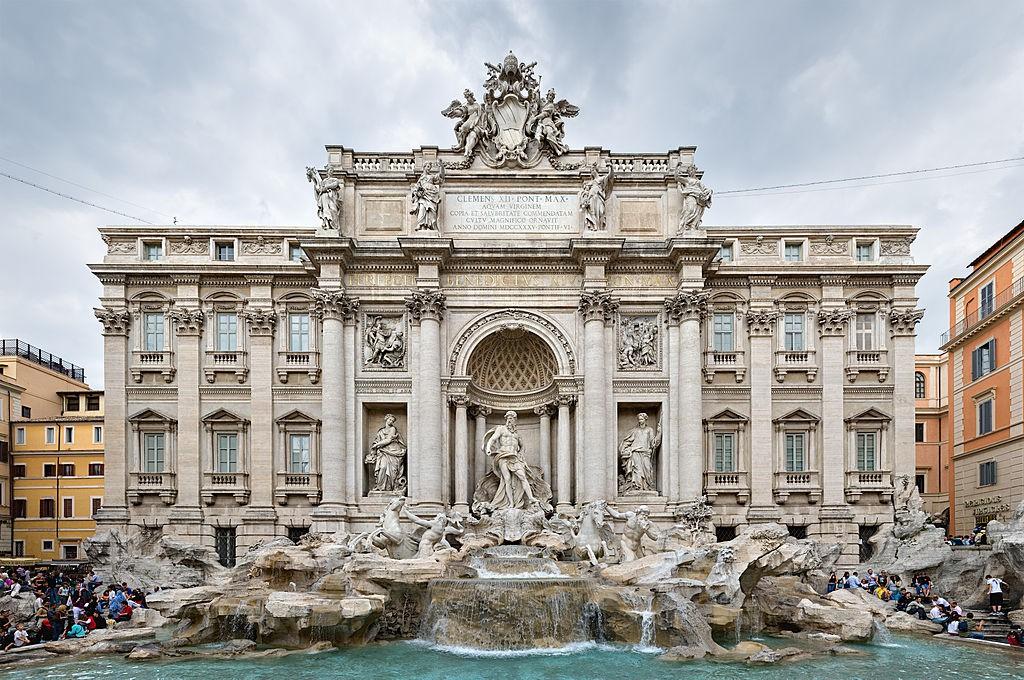 【Photo by DAVID ILIFF. License CC-BY-SA 3.0】1024px-Trevi_Fountain,_Rome,_Italy_2_-_May_2007